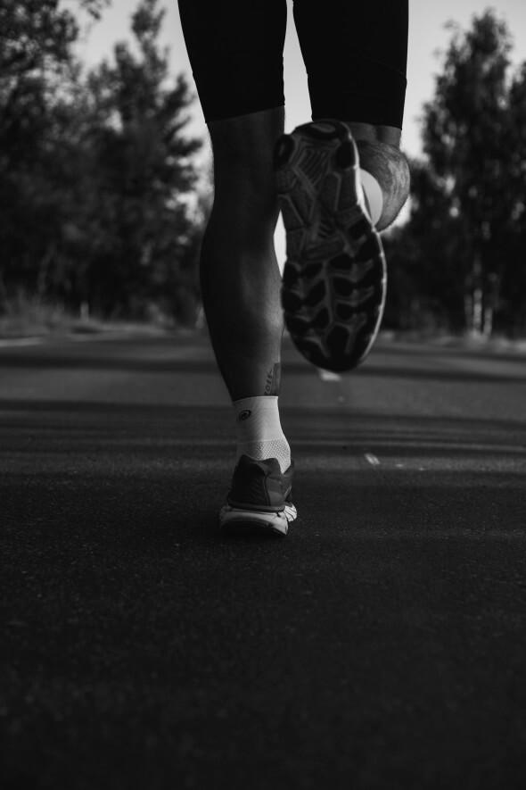 runner man triathlon shoes rehab