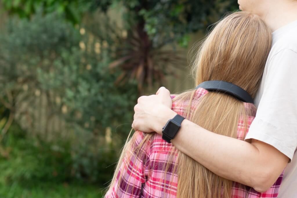 about forgiveness teenage father problem hug relationship parenting hugging comforting embracing depression together